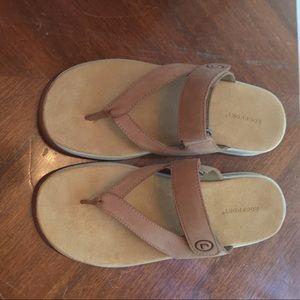Wide size 8 rockport sandals